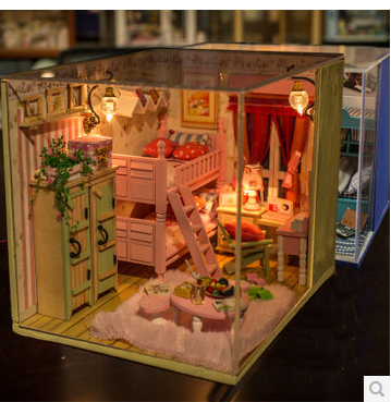 Free Shipping Diy Doll House Minature I and my friends Pink Handmade household model Creative birthday
