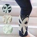 Outono / inverno roupas infantis calças Skinny Pants 2-7a criança meninas diamante grande arco