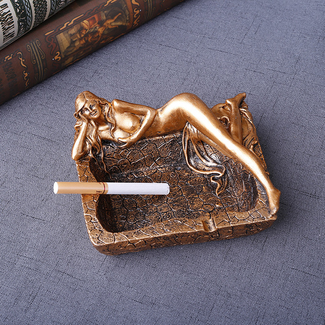 Creative Smoking Resin Ashtray Home Decor Practical Smoking Accessories  European Style Ashtray Ornaments Best Gifts