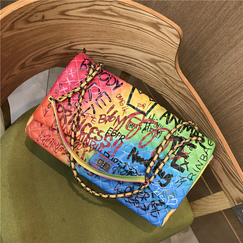 2019 Summer New Fashion Shoulder Crossbody Women Bag European Style Color Graffiti Diamond Lattice Chain Bag ladies hand bags2019 Summer New Fashion Shoulder Crossbody Women Bag European Style Color Graffiti Diamond Lattice Chain Bag ladies hand bags