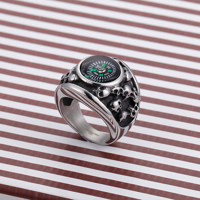 STAINLESS STEEL SKULL RINGS WITH COMPASS