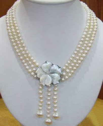Venda quente novo estilo >> >> > wonderful! 7 - 8 MM 3 Strds branco Akoya colar de pérolas