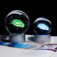 Bola de galaxia 3D en miniatura con láser grabado universo globo con Base LED colorida decoración del hogar Accesorios esfera de cristal de Adorno