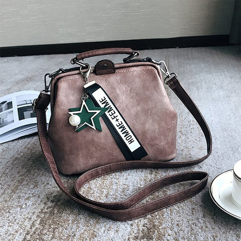 women-handbag-leather-shoulder-bag-female-doctor-crossbody-handbag-star-pendant-tassel-rivets-casual-famous-brand-women-bags