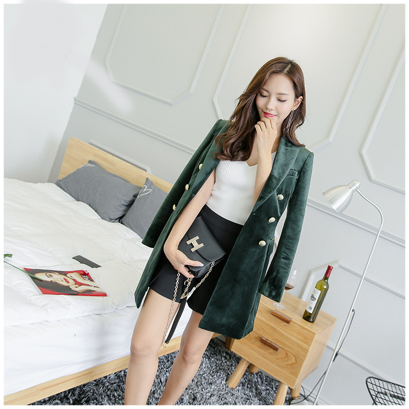 Spring and Autumn new Slim gold velvet small suit jacket female leisure blazer/ velvet metal button long suit blazer