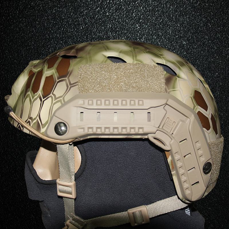 2018 New Army FAST Helmet BJ Type Tactical Combat Gear Military Airsoft Helmet Hunting Hiking Cycle Helmet Camouflage ABS Shoot