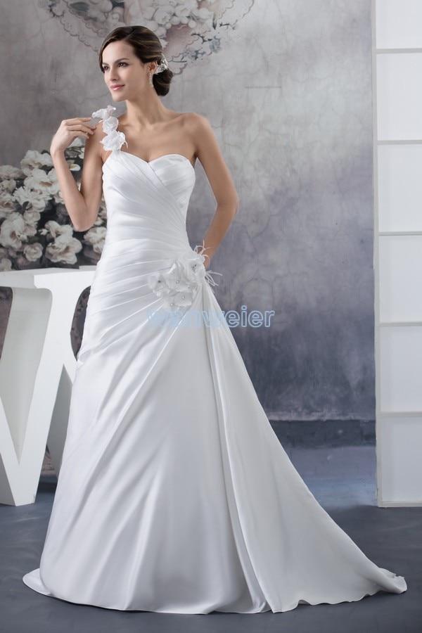 Livraison gratuite 2016 nouvelles fleurs à la main victoria robe taille personnalisée/couleur robe de mariée une épaule grande taille robe de mariée blanche