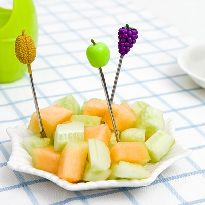 BF040 Cartoon creative lovely wooden barrel fruit fork set stainless steel fruit fork 7 7 11 5CM free shipping in Forks from Home Garden