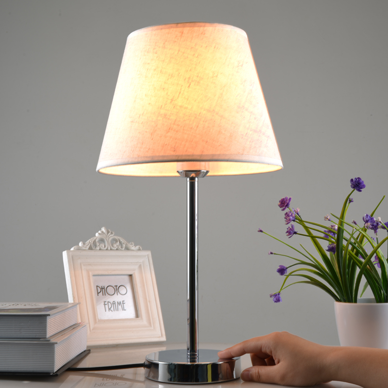 Bedside cabinet induction touch table lamp dimming personalized brief modern intelligent