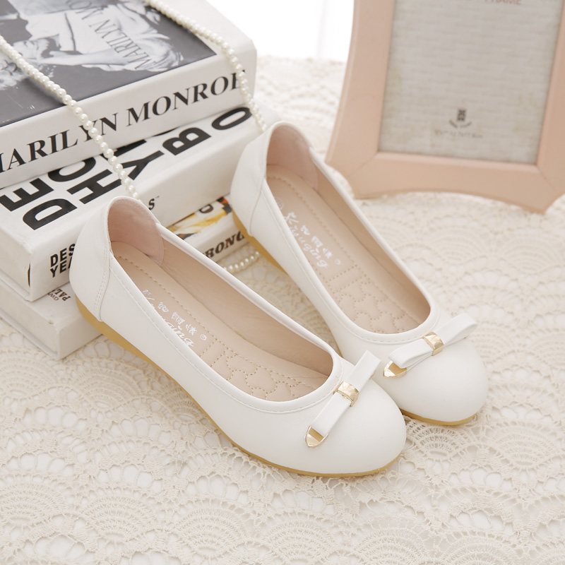 Slip-Resistant 2017 New Soft Leather Round Toe Comfortable Flat Single Shoes Bow Moccasins Shoes 2017 new square head flat shoes muier zapatos platform comfortable soft bottom non slip scoop shoes bow single shoes size 35 40