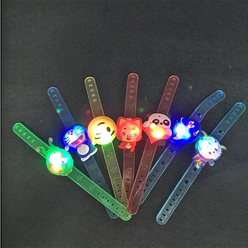 100st / lot Lovely Cartoon LED Light Armband Färgglada Ljushållande - Semester och fester - Foto 5
