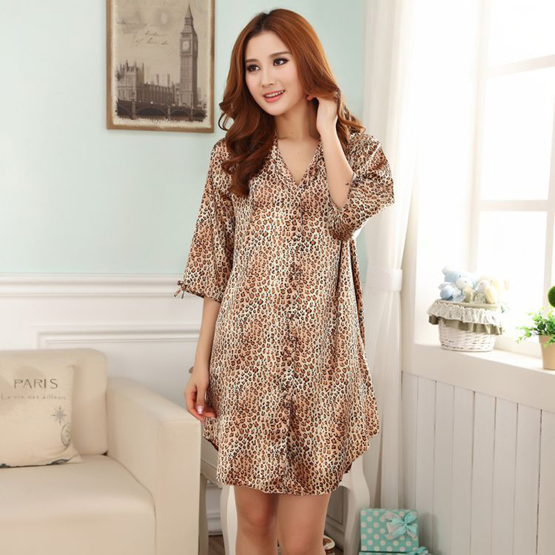 New Style Leopard Womens Silk Rayon Nightgown Sexy Mini Sleepshirt Bath Robe Gown Intimate Lingeri Sleepwear One Size WR097