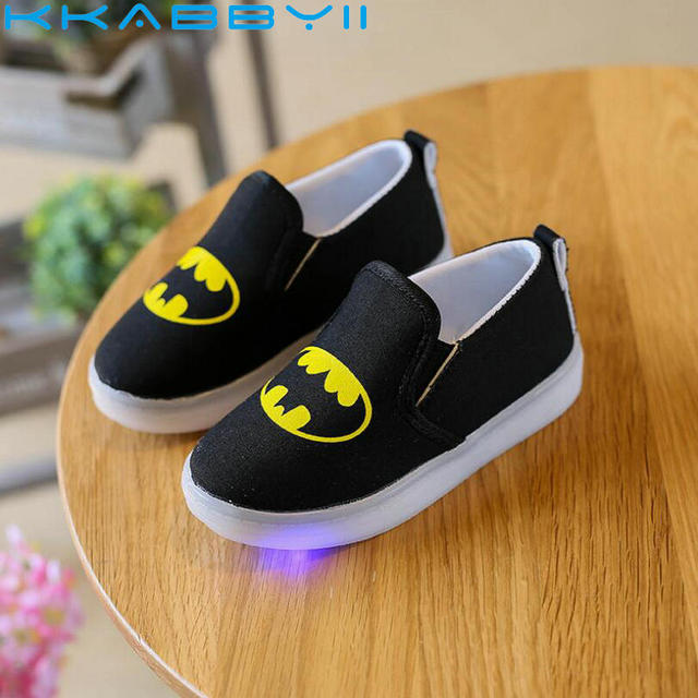 3cb26f599 Children Shoes With light New Batman lighted Sport Boys Shoes Breathable  Running led Sneakers Non-slip Kids Shoe