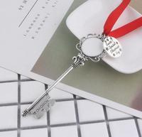 100pcs /lot Santa Magic Key for Christmas Kids Gifts Pendants Xmas Tree Decorations Hanging Ornaments Drop Christmas Decoration
