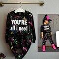 Мода Девочка Одежда Набор футболка + Свободные Брюки 2 шт. Stracksuit Спорта Coloful Письмо Печатных Детская Одежда костюм Для 2-7лет Старый