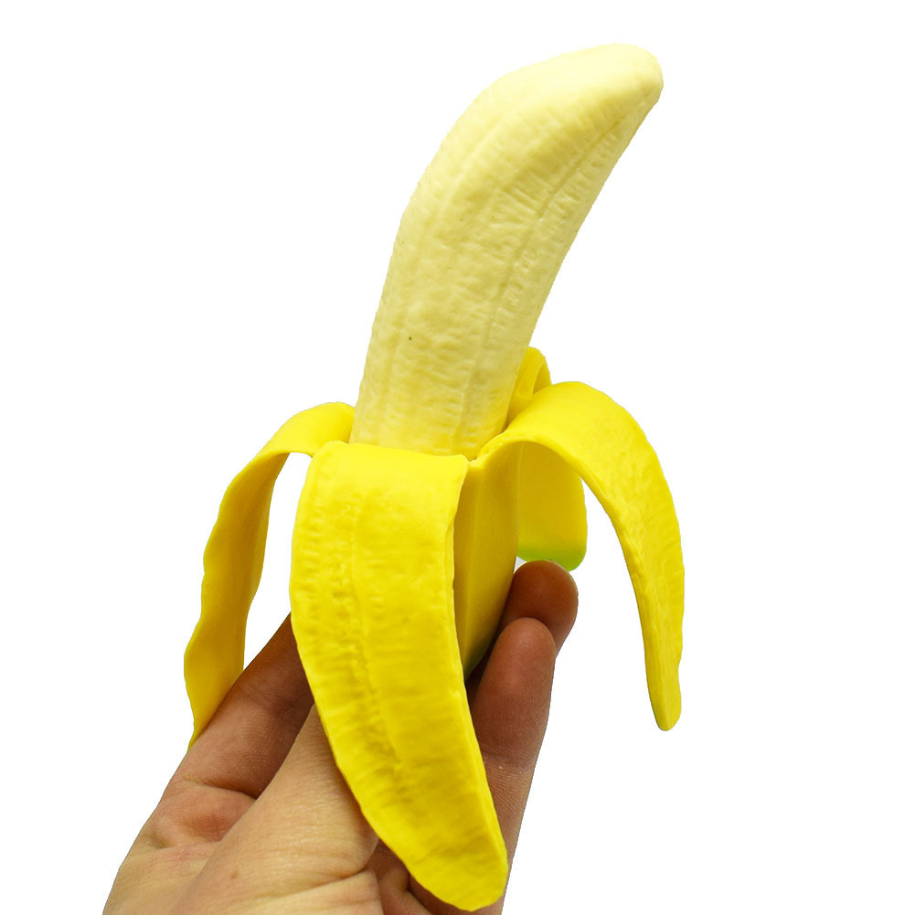 New style is realistic Peel the skin of bananas toys Pranks simulation Gelatin squishy