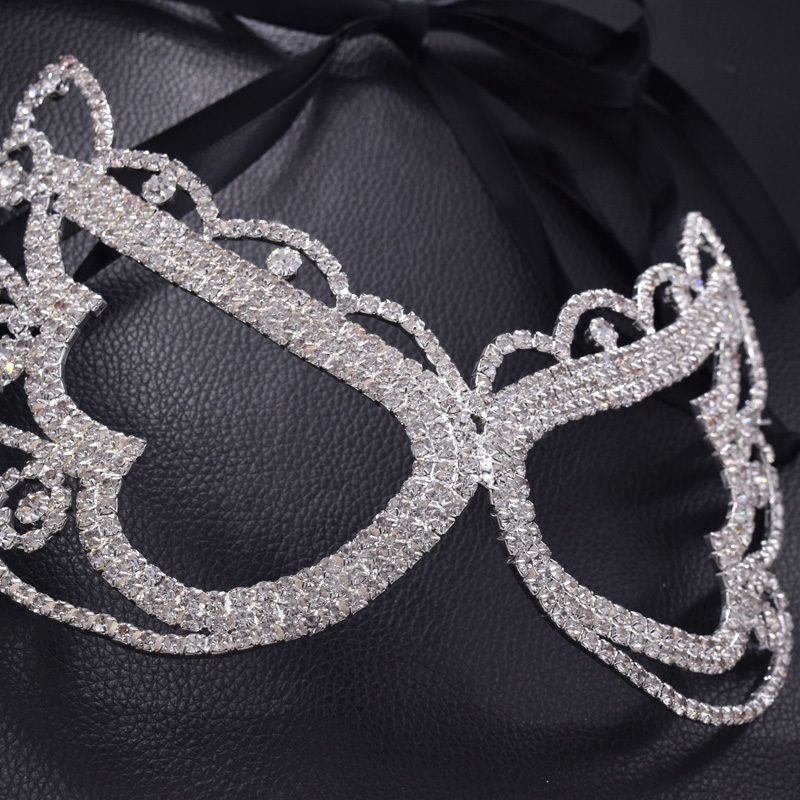 8f967d8a74 US $16.89  fashion Crystal Rhinestone Jewelry Masks Women Metal silver  Masquerade Ladies eye Face Decorations for Party jewellery MK 12 -in Party  ...