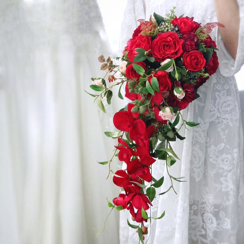 Custom made hold the imitation flower european style luxury waterfall red rose wedding decoration Free Shipping