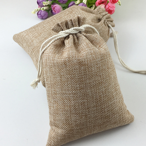 Image 1 - 50pcs Vintage Natural Burlap Hessia Gift Candy Bags Wedding Party Favor Pouch Birthday Supplies Drawstrings Jute Gift Bags