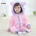 100% de franela de invierno mono del bebé del mameluco de la muchacha del muchacho de la marca ropa de bebé suave minion hello kitty cosplay para 0-2y bebé