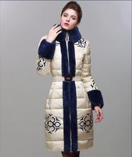 2016 женщины зимняя мода пуховик натуральный мех воротник печать белая утка пуховик дизайнер парки на рождество носите D6942
