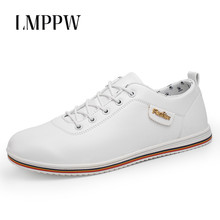 Купить с кэшбэком Fashion Men Shoes England Style Men Business Casual Shoes Breathable Men Sneakers High Quality Soft Moccasins Men Flats White 2A