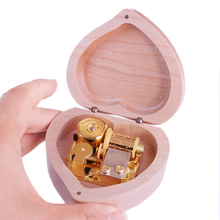 Handmade Wooden one love Music Box Birthday Gift Party Supply free gifts bracelet special souvenir gift Heart Natural Contracted