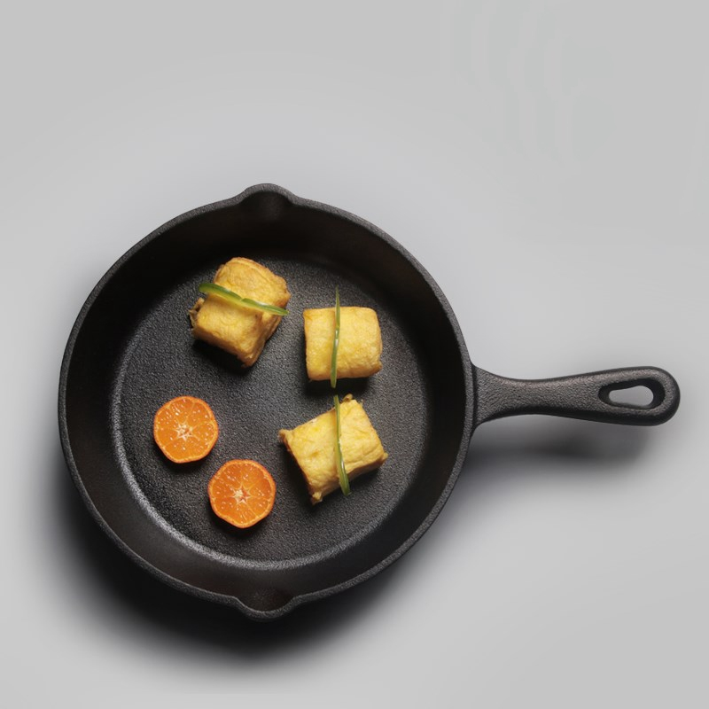 Practical Uncoated Cast Iron Frying Pan 14/16/20cm 4