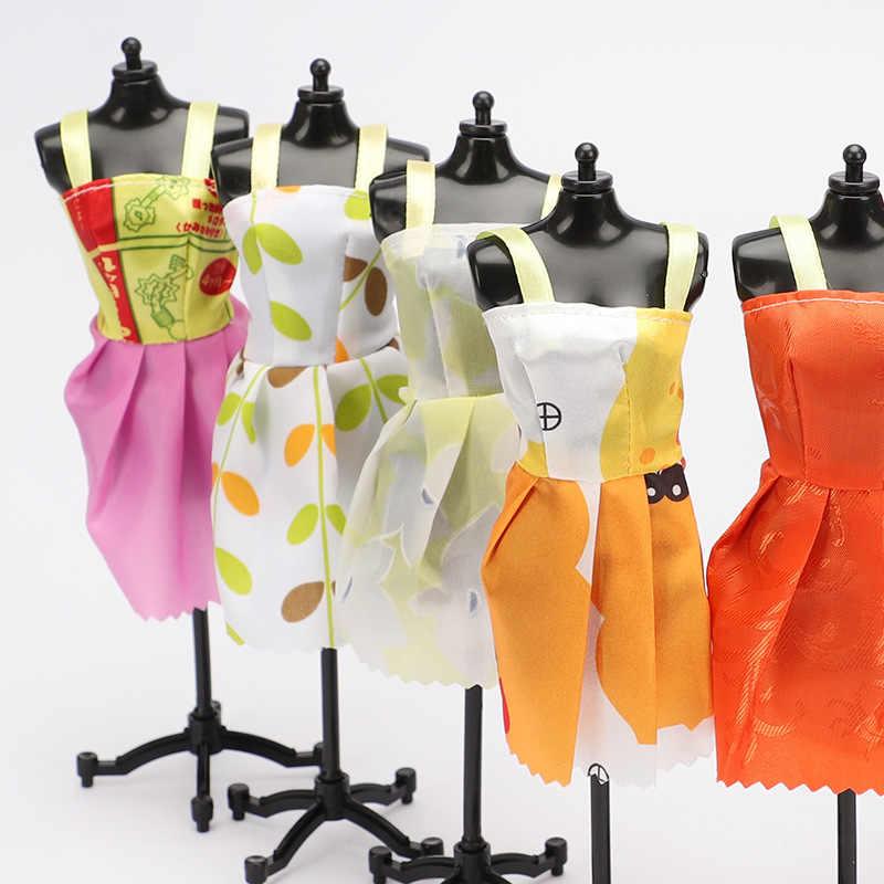 1 piezas famoso accesorios de la muñeca más vestido hermoso traje hecho a mano ropa de fiesta Top falda Barbie Noble mejor hijo Girls'Gift