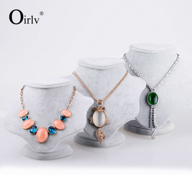 Oirlv Free Shipping Creative Plum Flower Necklace Display Doll