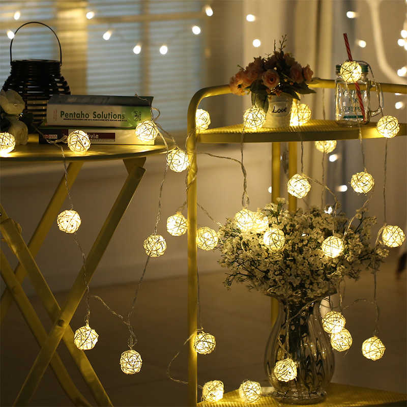 Warm White 5M 20 LED Lights Decoration EU 220V LED Cotton Ball String Lights Fairy Light For Christmas Tree Wedding Decorations