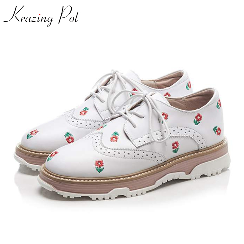 купить Krazing Pot oriental genuine leather Autumn Winter round toe sneakers for women causal lace up embroidery vulcanized shoes L53 по цене 3814.66 рублей