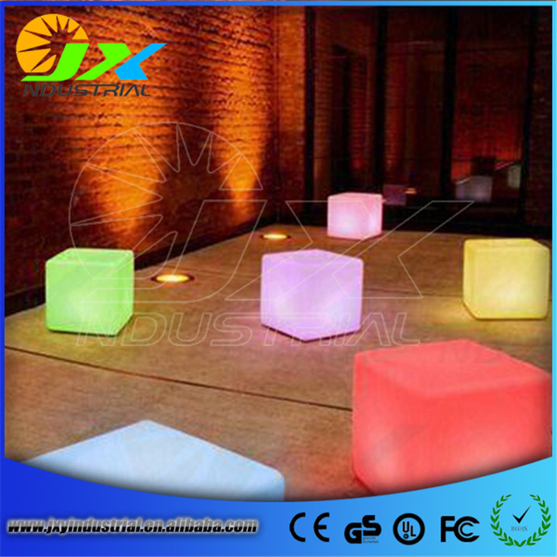 40CM*40CM LED cube chair for outdoor party/Led Glow Cube Stools Led Luminous Light Bar Stool Color Changeable Free shipping free shipping 40 40 40cm rechargeable wireless remote led inductive charging cube chair bar cube chair