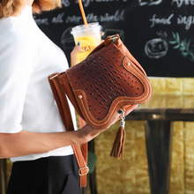 Frauen Tasche 2016 Frauen Messenger Bags Kleine Welle Clutch Handtaschen Frauen Berühmte Marken Designer Bolsa Feminina Mochila Schwarz