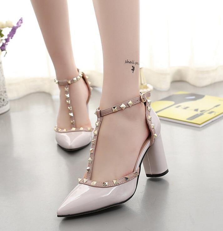أحذية نسائية عالية الكعب الأزياء وأشار برشام أحذية الزفاف مضخات 2018 الربيع الحب ساحة تو أنيقة سيدة الأحذية الجلدية