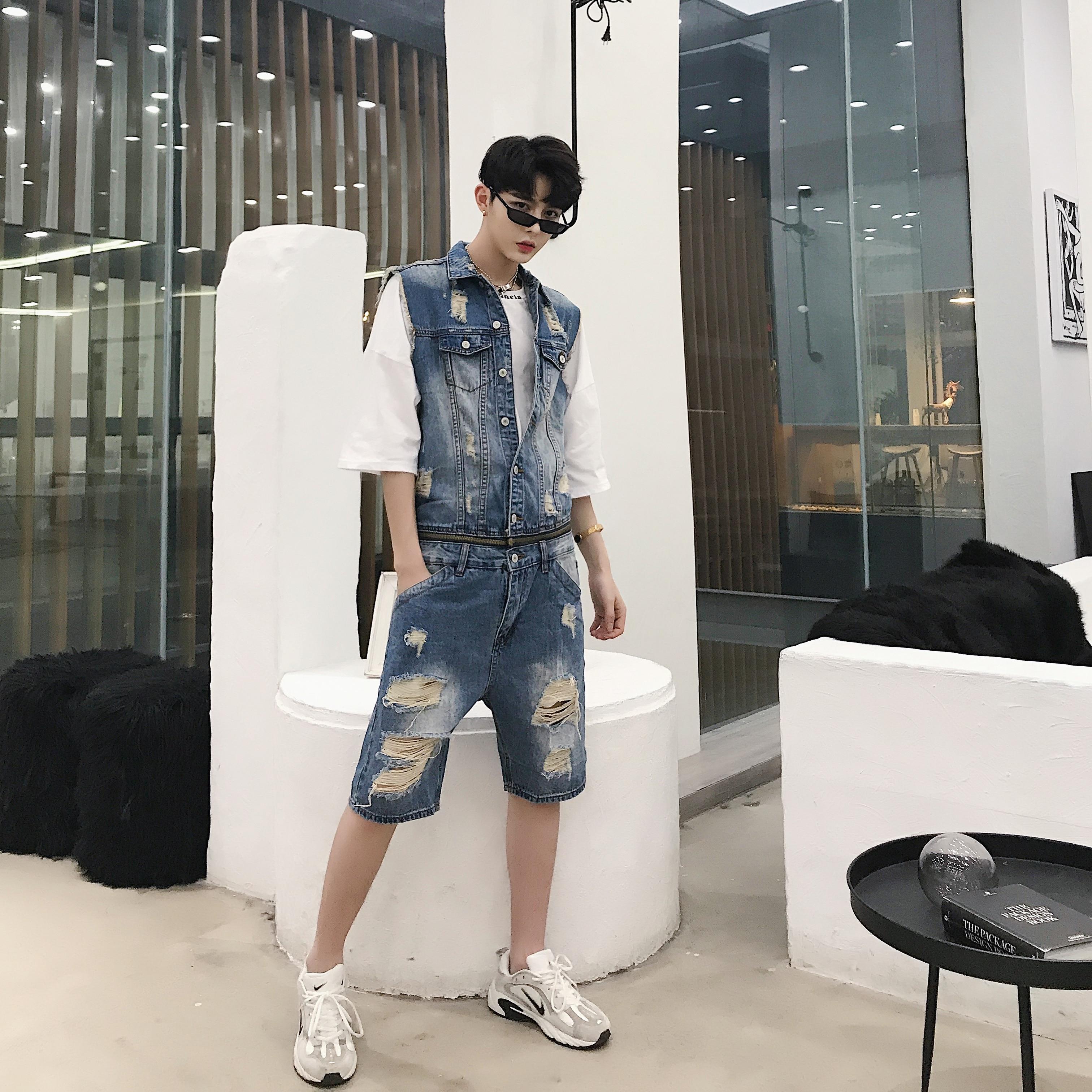 Men Sleeveless Casual Jeans Jumpsuit Male Slim Fit Denim Hole Half Pants Overalls Tooling Jumpsuit Hiphop Fashion Trousers