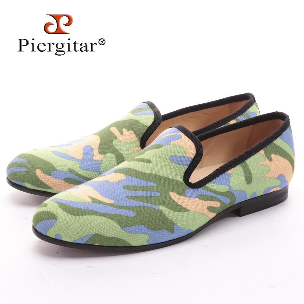 все цены на Piergitar Handmade men army green camouflage loafers Man military style Plus size casual shoes fashion party smoking slippers онлайн