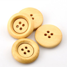 500Pcs DIY Natural Wood Buttons 4 Holes Round Wooden Sewing Scrapbook Ornaments Making 23mm(7/8)