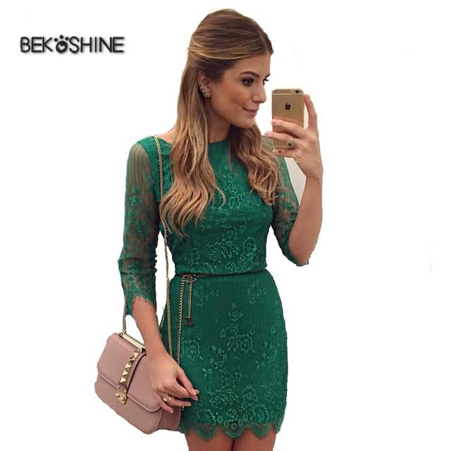 Vestido de renda na cor verde