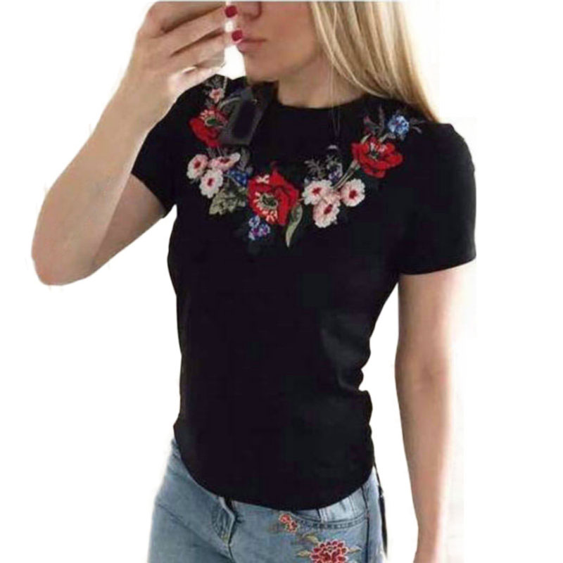 Black White Embroidered Flower T Shirt For Women 2019 Summer New Short Sleeve Embroidery T-Shirt Woman Casual Tees Tops