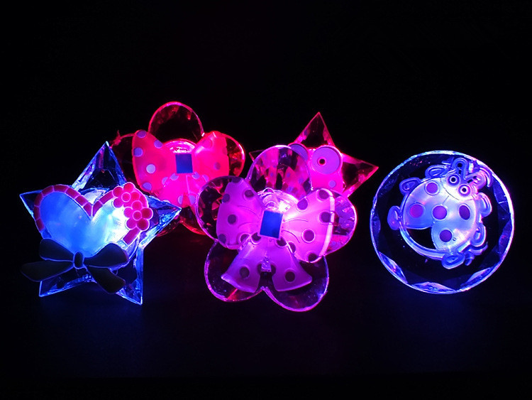 10pcs/lot led flashing ring light up cartoon finger ring toy for birthday party wedding supplies luminous glow kids ring toy