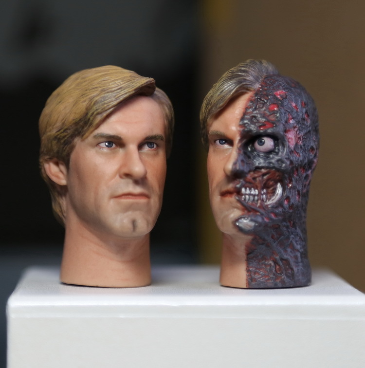 ФОТО 1/6 Batman Two-Face Head Sculpture 12inch doll parts Body Suitable for HT body, clothes and body are not included