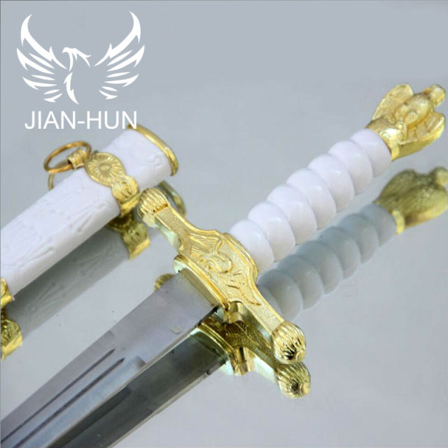 Home Decorations Hawk Beautifully Carved Stainless Steel Blades  Cosplay Props gifts  Small sword