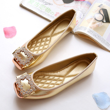2018 New Summer Luxury Crystal Shiny Patent Leather Sexy Women Flats Big Size34-43 Square Toe Non Slip Lovely Lady Wedding Shoes