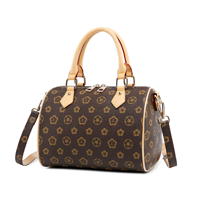 2018 Women s Handbags Boston Bags Ladies Tassel Button Messenger Bags Leather Shoulder Bags Designer Bucket