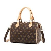2018 Women's Handbags Boston Bags Ladies Tassel Button Messenger Bags Leather Shoulder Bags Designer Bucket Bag Clutch Bolsas