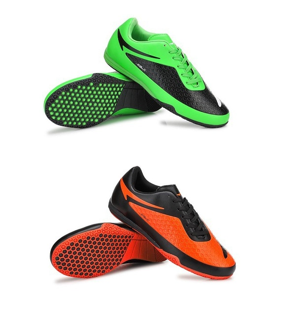 5460e0b3365de Popular Hard Court Turf Football Shoes Indoor Futsal Hight Quality Rubber  Sole Waterproof Men Kids Boy Soccer Cleats SH-1304-IN