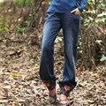 Envío Gratis 2017 Nuevo de La Manera Suelta Más El Tamaño S-3XL Pantalones Vaqueros Lápiz Pantalones Pantalones Largos de Flores Bordado pantalones Vaqueros de Tendencias Nacionales