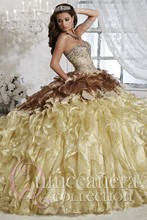 2016 Champagne Quinceanera Dress Ball Gown Sweetheart Beaded Lace Appliques Cheap Sweet 16 Dress Gown Vestidos De 15 Anos QD83