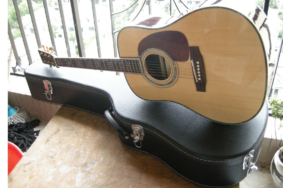 Free Shipping Best Price acoustic Dreadnought guitar natural Solid spruce TOP acoustic guitar with Fishman EQ and hardcase logo цена